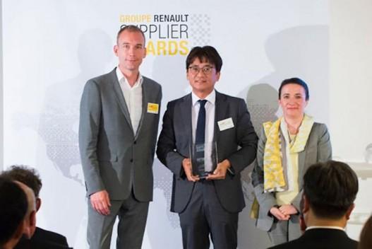 Hankook получила награду от Renault