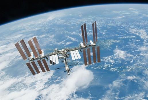 Goodyear будет тестировать новые материалы в космосе
