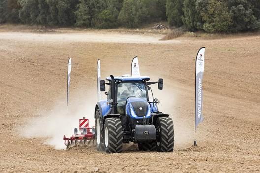 Bridgestone представила новые шины для тракторов