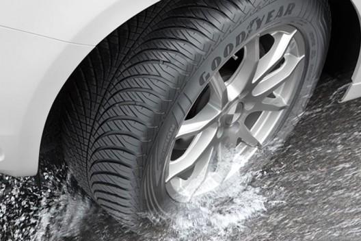 Автопроизводители высоко оценили всесезонные шины Goodyear