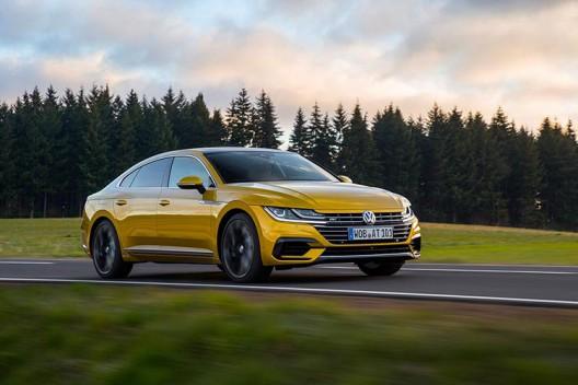 Новый VW Arteon оснастили самозаклеивающимися шинами Goodyear